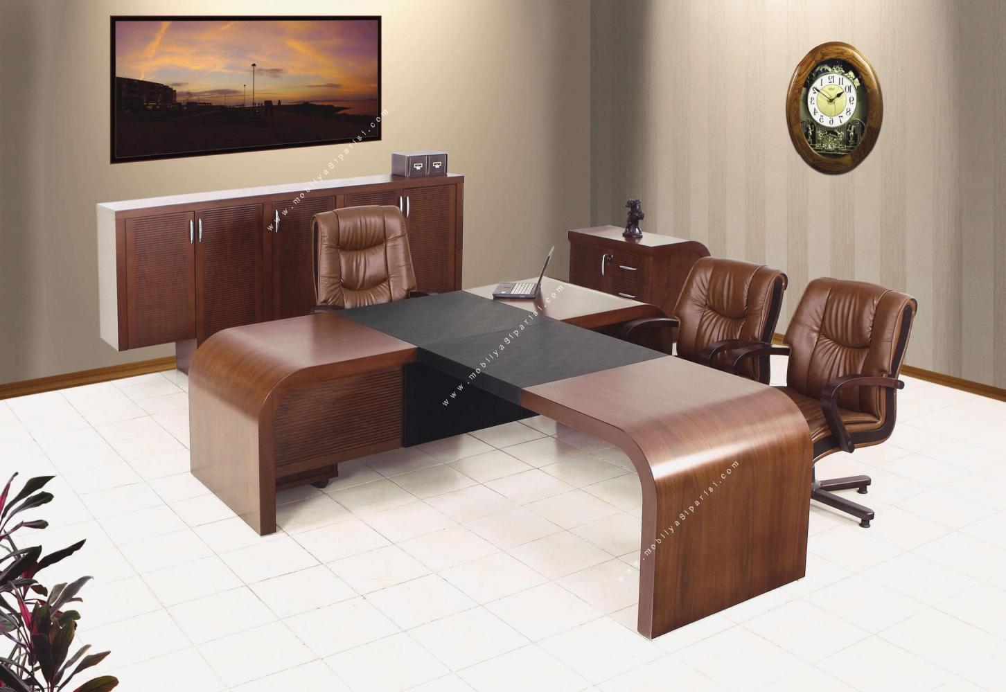 cilalı ve kaplamalı toplantılı makam mobilyası