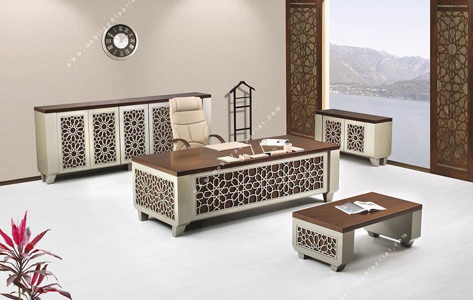 kethüda işlemeli ahşap makam mobilyası takımı
