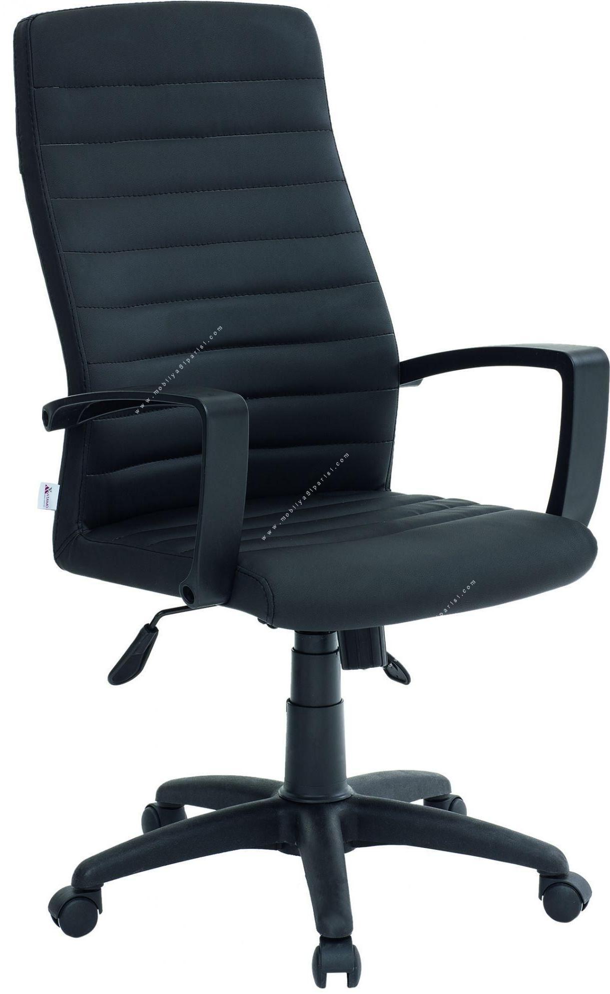 rosa plastik müdür koltuğu